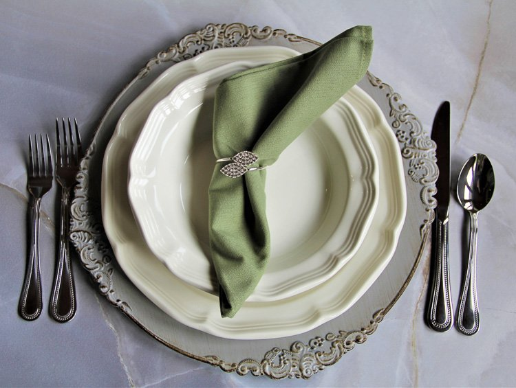 Cincinnati Tableware Rentals French Country Place Setting